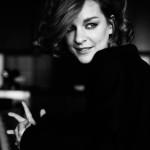 Красивая молодая актриса